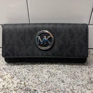 Michael Kors Wallet - Like new!